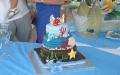 Torta di compleanno sulla spiaggia