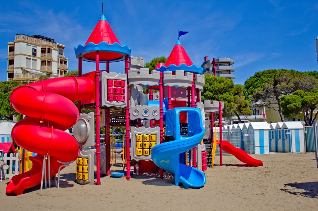 Baby Point At The Beach A Vacation For Families In Lignano